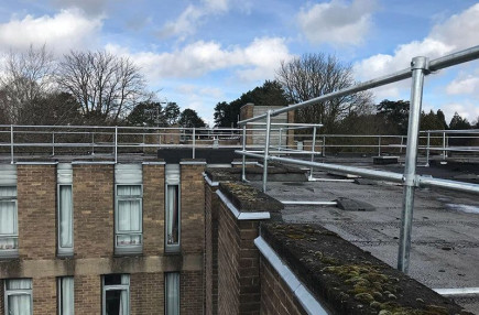 roof edge protection for Leicester Uni