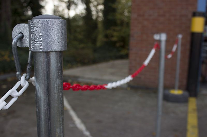 red and white plastic chain for demarcation example