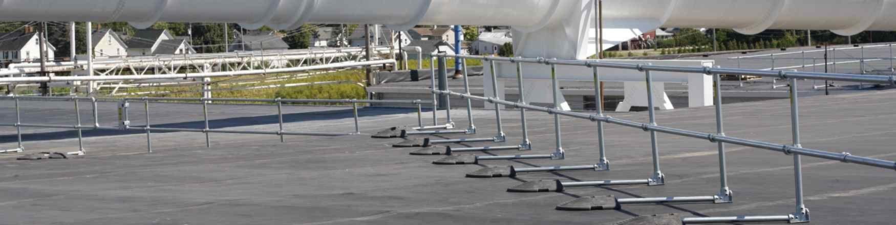 KeeGuard freestanding roof handrail