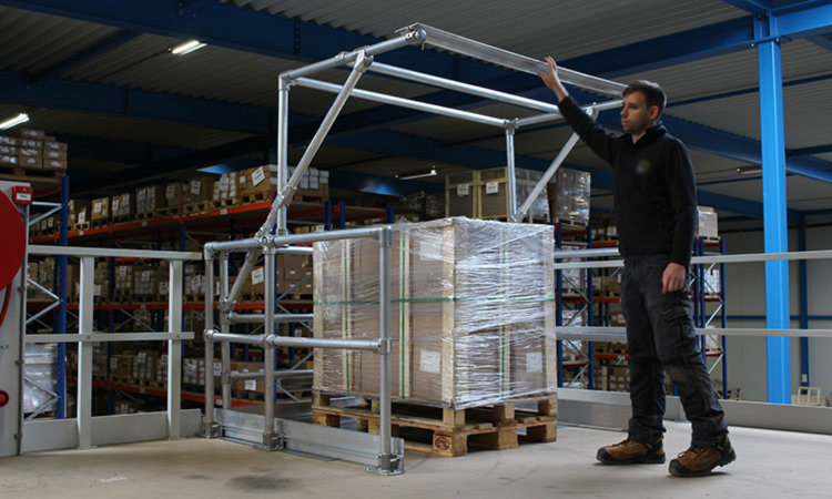 Mezzanine Pallet Gate : Industrial gates simplified safety