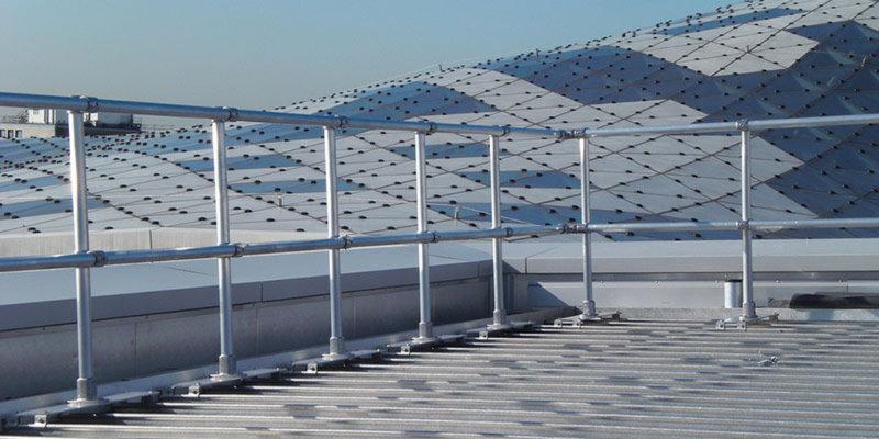 Topfix metal roof handrail