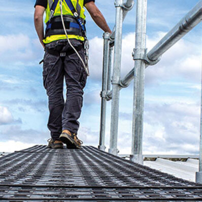 Roof access systems: Platforms and walkways - Simplified Safety