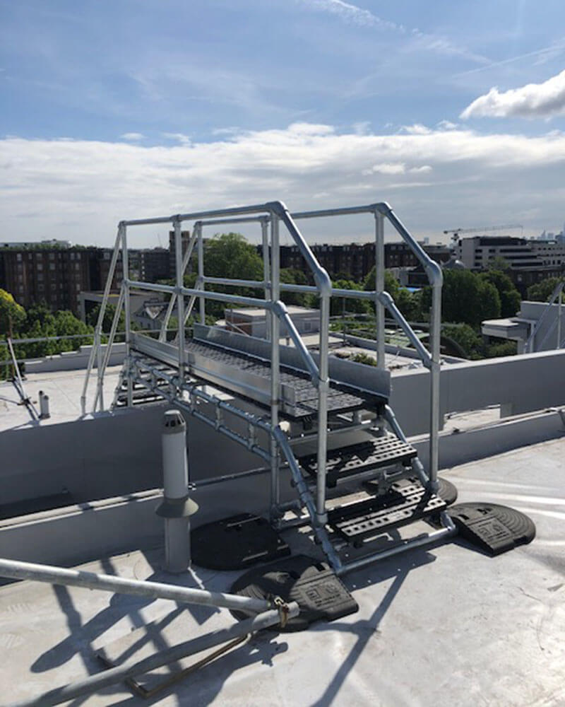 freestanding roof stepover