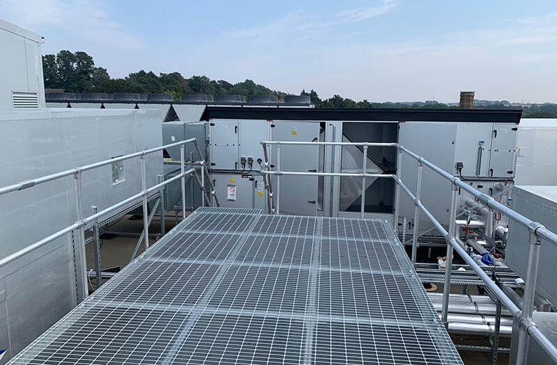 safe access platform for roof