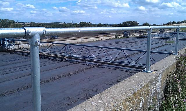 kee klamp handrail configuration