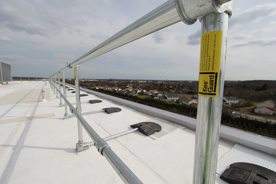 roof edge protection guardrail example