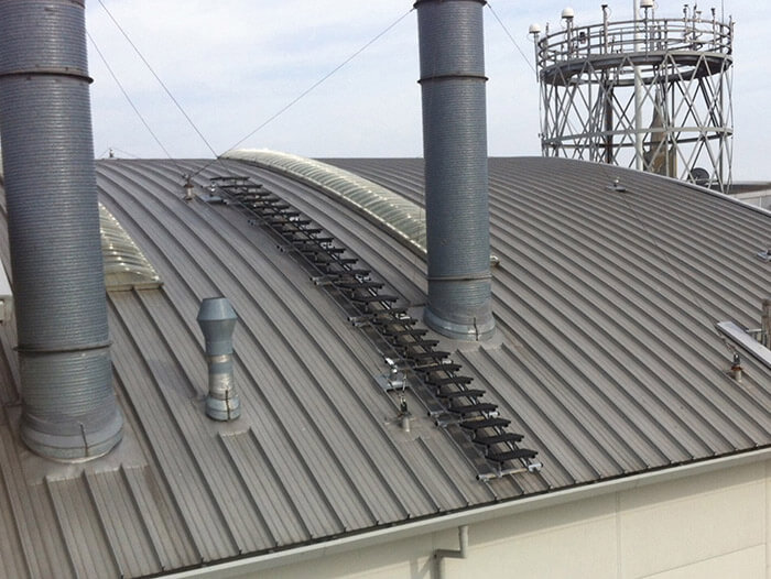 rooftop walkway system on a curved roof