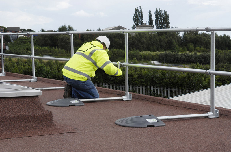 modular roof handrail