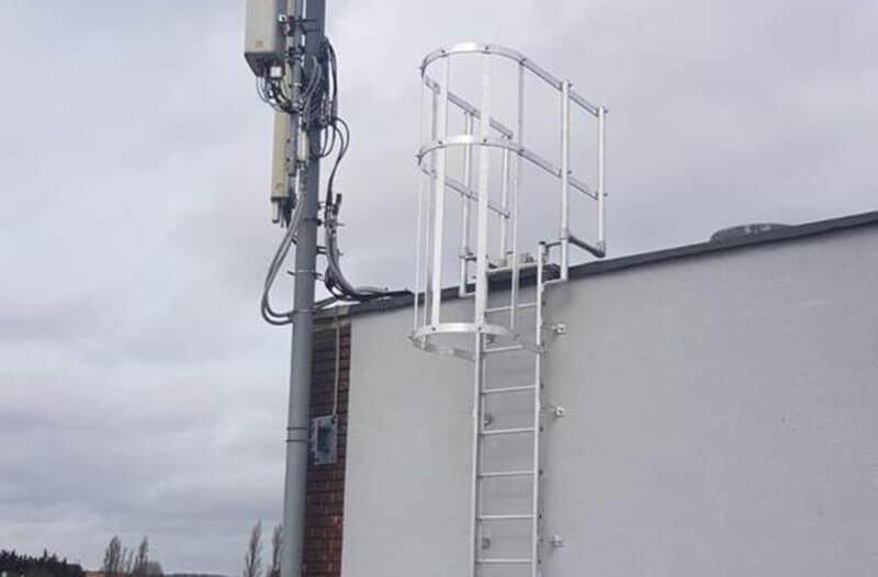 CAT ladder for roof access