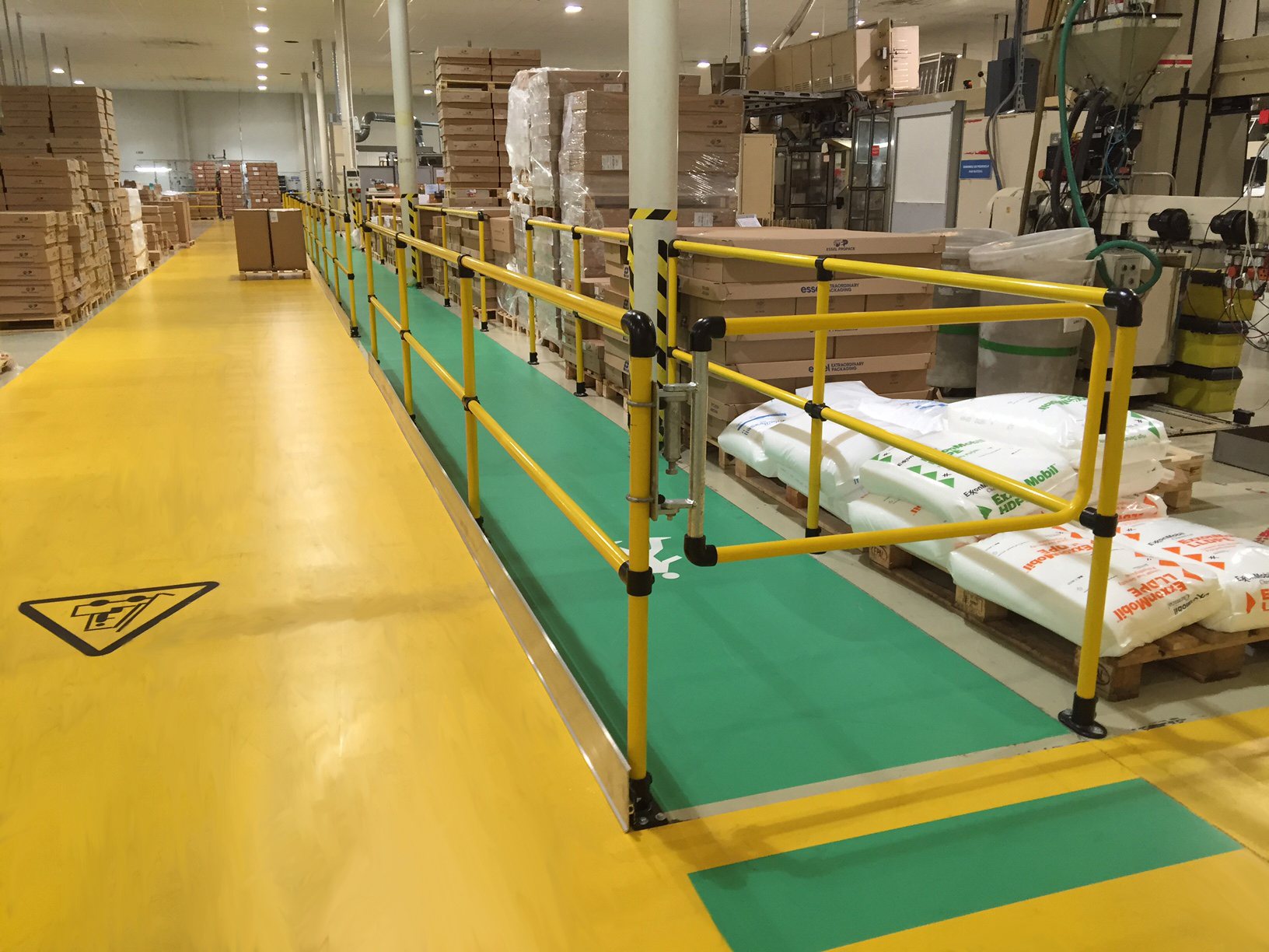 Handrails for warehouses