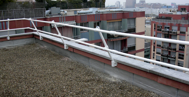 Handrail modules for parapets