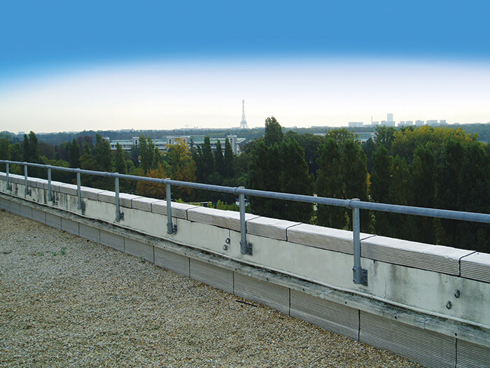 fixed handrail for roof parapet